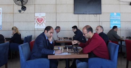 """""""Sağlıkta Beyinler Yarışıyor"""" Satranç Turnuvası"""