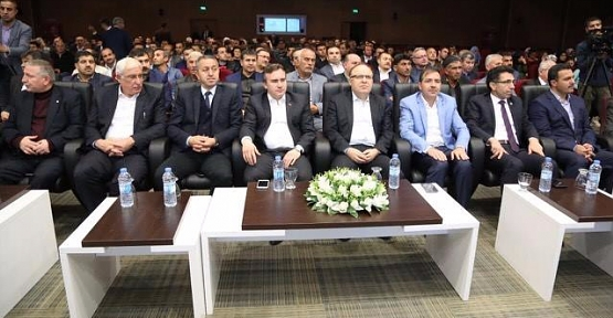 Fatih Sevgili'den Darbeler Konferansı