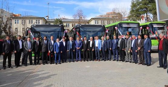 Siirt Belediyesine, Sakarya Büyükşehir Belediyesinden 6 Otobüs