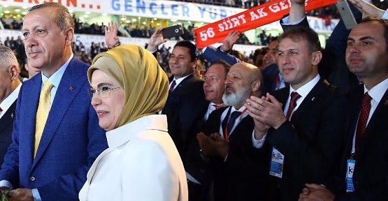 Erdoğan'ın A Takımına Yasin Aktay'ın Yerine Ethem Sancak Girdi