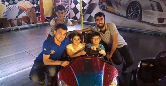 Fenerbahçe Sevdalılarından Kasırga Ailesine Ziyaret
