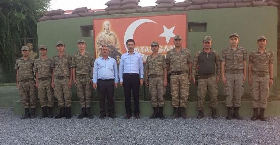 Vali Yardımcısı Bünyamin Kuş'tan Mehmetçiklere Moral Ziyareti