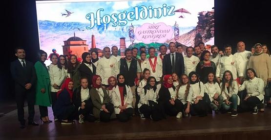 """""""Siirt Gastronomi Kongresi"""" İstanbul'da Yapıldı"""