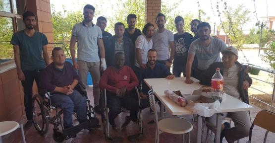 Siirt Üniversitesi Öğrenci Konseyi, Engelsiz Yaşam Merkezini Ziyaret Etti