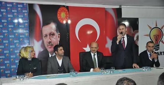 Başbakan Yardımcısı Fikri Işık, AK Parti İl Başkanlığını Ziyaret Etti
