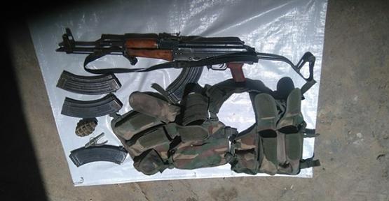 Ahırda Silah ve Mühimmat Ele Geçirildi
