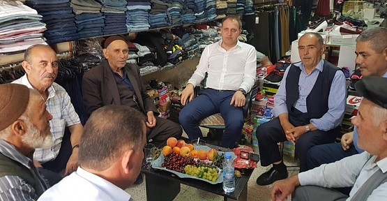 Başkan Özcan, Esnaf ve Vatandaşlarla Bir Araya Geldi