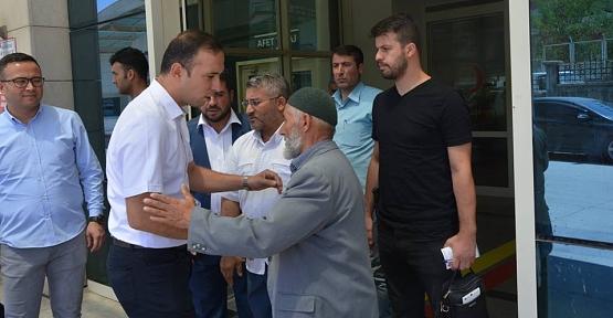 Vali Vekili Yunus Koç, Yaralı Güvenlik Korucusunu Hastanede Ziyaret Etti