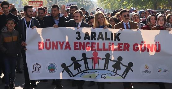 """""""Engelliler Haftası"""" Yürüyüşü Yapıldı"""