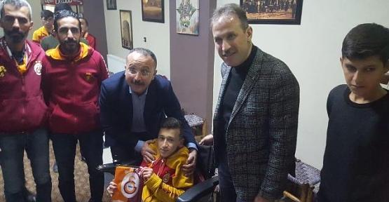 Vali Atik, Siirt Spor Maçlarını Engelli Ömer Efe İle Birlikte İzleyecek
