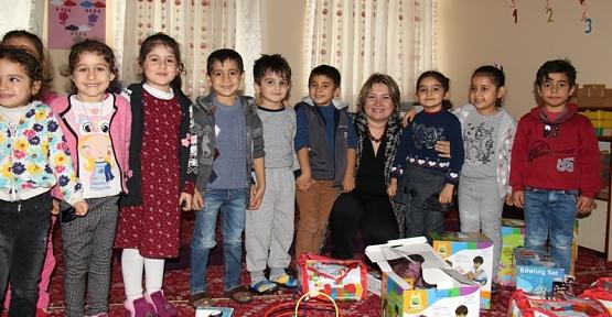Eğitim Gönülüsü Fulya Atik, Eğitim Kurumlarını Ziyaret Etmeye Devam Ediyor