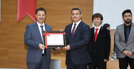 Siirt Üniversitesinde Yayın Teşvik Ödül Töreni Düzenlendi