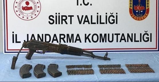 Bölücü Terör Örgütüne Ait Sığınakta Silah ve Mühimmat Bulundu