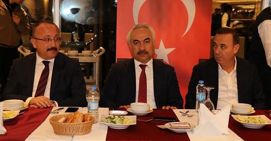 İçişleri Bakan Yardımcısı Mehmet Ersoy, STK'larla Bir Araya Geldi