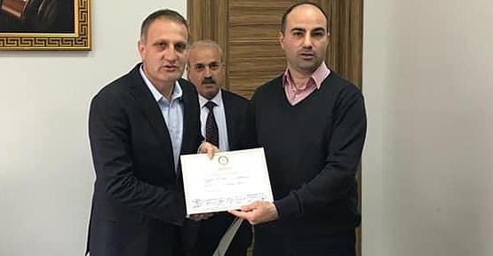 Pervari Belediye Başkanı Tayyar Özcan Mazbatasını Aldı