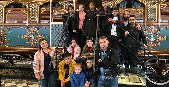 Siirt Türk Telekom Özel Eğitim Öğrencileri 23 Nisan'ı İstanbul'da Kutladı