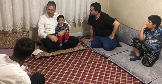 AK Parti İl Başkanı Fuat Özgür Çalapkulu'dan Çat Kapı İftar Ziyareti