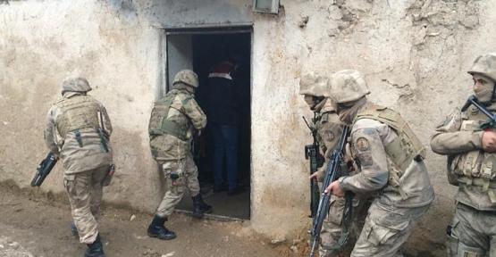 Teröristlere Yardım ve Yataklık Yapan (2) Kişi Tutuklandı