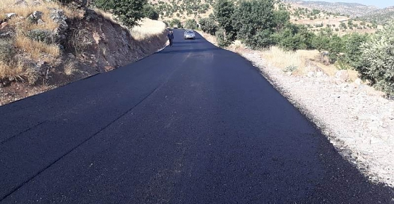 Köy Yollarına Bitümlü Sıcak Asfalt (BSK) Yapımına Başlandı