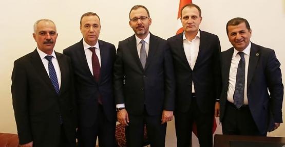Milletvekili Ören ve Belediye Başkanları Bakan Kasapoğlu'nu Ziyaret Etti
