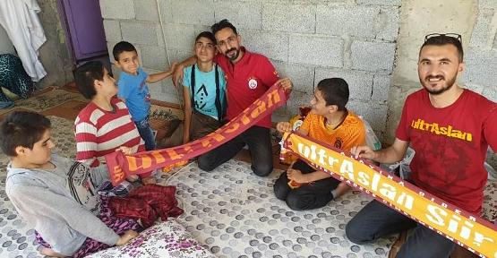UltrAslan Siirt Taraftar Grubu Kurban Bayramı Öncesi Yetim Çocukları Sevindirdi