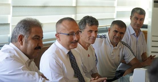 """Vali Ali Fuat Atik, """"Hedefimiz Şampiyonluk"""""""