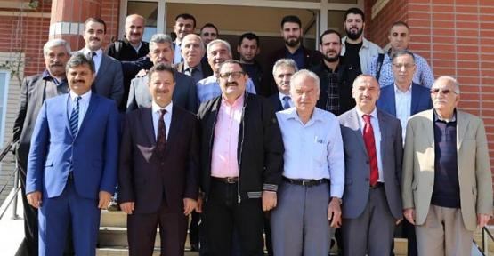 Rektör Erman, Üniversitenin Gelişimi İle İlgili Bilgilendirme Toplantısı Düzenledi
