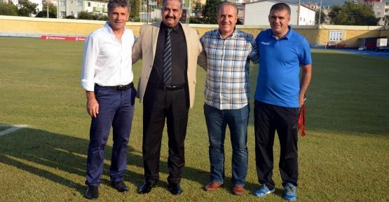 Siirt İl Özel İdare Spor Forvet Kemal Aras'ı Transfer Etti