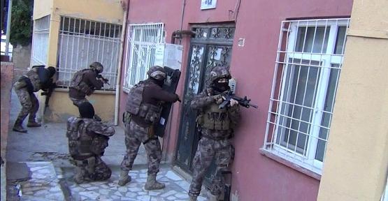 Siirt'te DEAŞ Terör Örgütüne Eş Zamanlı Operasyon'da 6 Gözaltı
