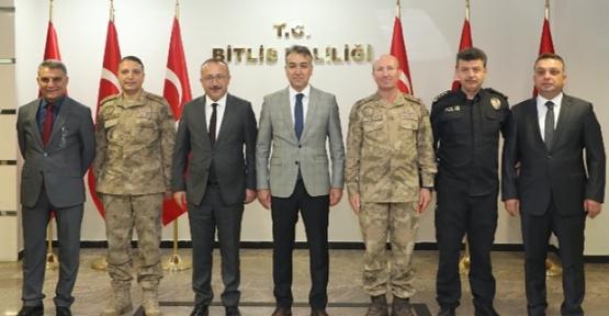 Vali Ali Fuat Atik, Bitlis Valisi Oktay Çağatay'ı Ziyaret Etti