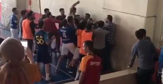 Valilik Turnuvada Kavga Eden Öğretmenler Hakkında İnceleme Başlattı