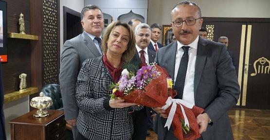 Vali Atik'e, 24 Kasım Öğretmenler Günü Ziyareti