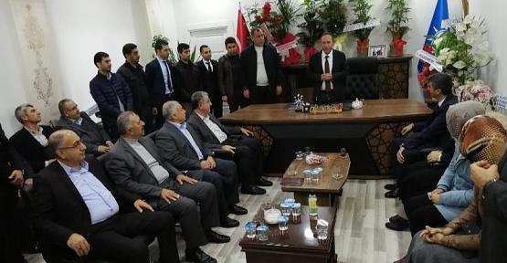 AK Parti Merkez İlçe Başkanı Öner Geyik'e Ziyaretçi Akını
