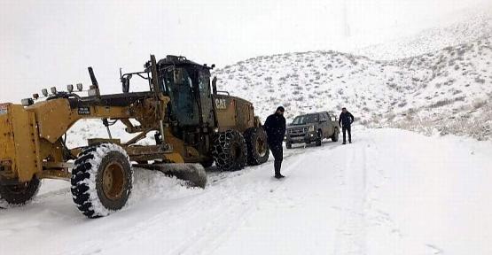 Siirt Özel İdare Genel Sekreteri Canpolat, Köy Yollarını Kullanan Sürücüleri Uyardı!