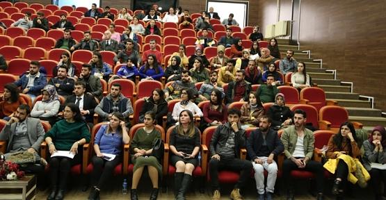 Siirt'te Tefecilik: Tefeciliğin Politik Ekonomisi ve Mekansallığı Adlı Konferans Gerçekleşti