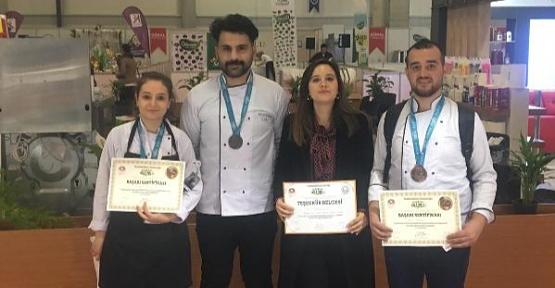 Aşçılık Bölümü Öğrencileri, Antalya'dan Ödülle Döndü