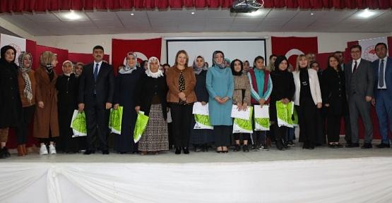 Kadın Çiftçilere Sertifikaları Dağıtıldı