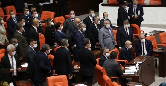 90 Bin Kişinin Tahliye Olacağı İnfaz Düzenlemesi Meclis'ten Geçerek Yasalaştı