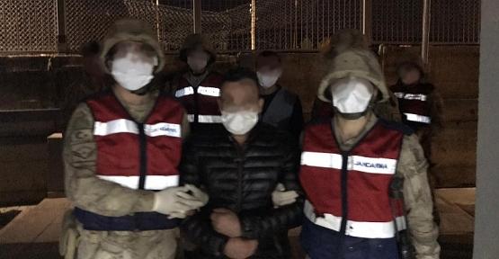 Gökçebağ Beldesinde Evin Bahçesinden 4 Ton Hurda Çalan Şahıslar Yakalandı