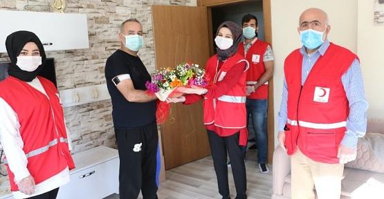 Kızılay'dan Turgut Kayar'a Geçmiş Olsun Ziyareti