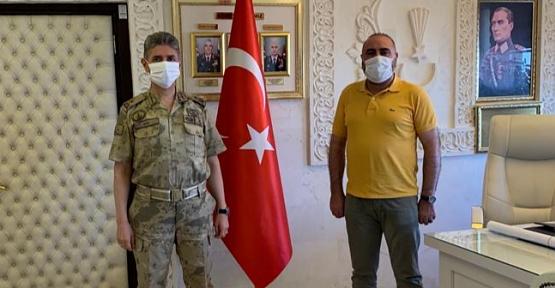 Başkan Şengöz'den Mardin İl Jandarma Alay Komutanı Tuğgeneral Halil Şen' e Teşekkür Ziyareti