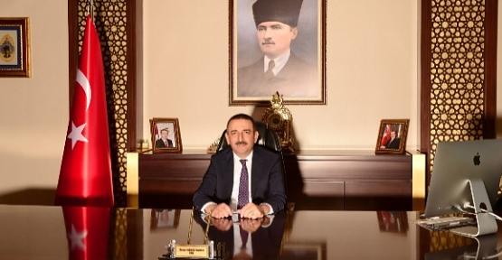 Vali Osman Hacıbektaşoğlu'nun '15 Temmuz Şehitlerini Anma, Demokrasi ve Milli Birlik Günü' Mesajı