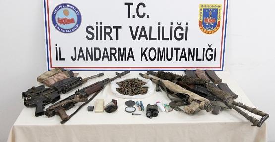 Etkisiz Hale Getirilen 5 Teröriste Ait Silah, Mühimmat ve Yaşam Malzemeleri Ele Geçirildi
