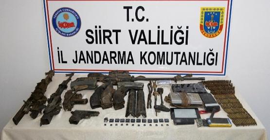 Etkisiz Hale Getirilen 5 Teröriste Ait Silah ve Mühimmat Ele Geçirildi