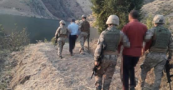 Kasten Öldürme Suçundan Aranan 2 Şüpheli Şahıs Ormanlık Alanda Yakalandı