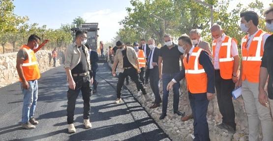 Vali/Belediye Başkan V. Hacıbektaşoğlu, Asfalt Çalışmalarını Yerinde İnceledi