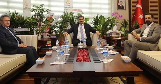 AK Parti İl Başkanı Olgaç'tan Rektör Şındak'a Hayırlı Olsun Ziyareti