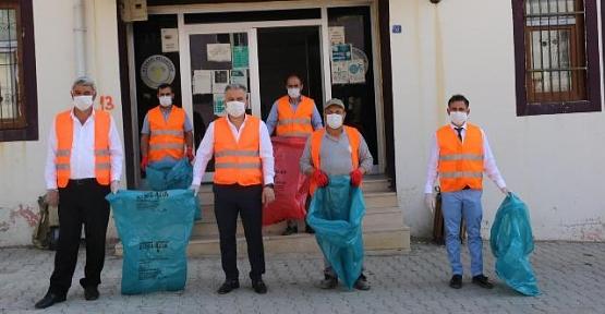 Atabağı Belediye Başkanı Tayyar Lale'den Temizlik Kampanyasına Destek