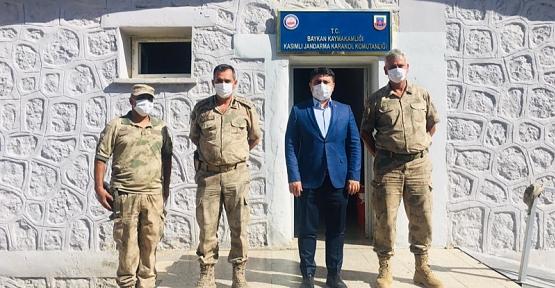 Baykan Kaymakamı Mehmet Tunç, Mehmetçiğe Moral Ziyaretinde Bulundu