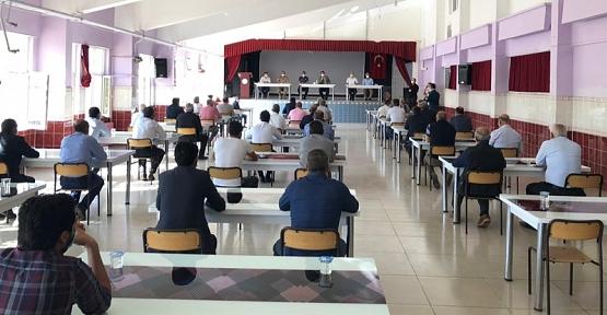 Baykan Kaymakamı Tunç, Köy ve Mahalle Muhtarları İle Toplantı Yaptı